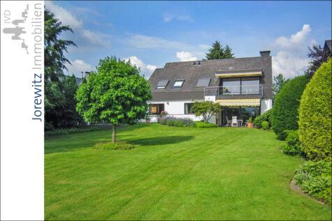 Bielefelder Westen: Einfamilienhaus mit Traumgarten nahe Universität,  Bielefeld, Einfamilienhaus