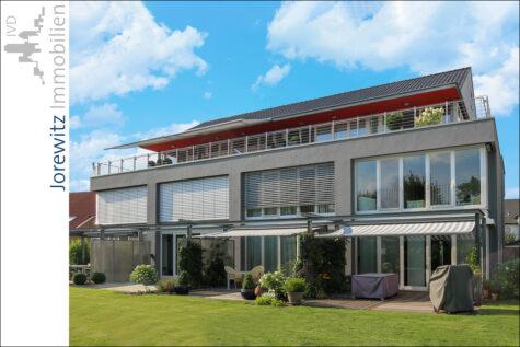 Steinhagen: Individuell Wohnen auf zwei Ebenen mit Terrasse und Garten, 33803 Steinhagen, Maisonettewohnung