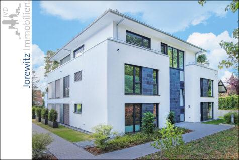 Exklusive und moderne Neubauwohnung mit großer Sonnenterrasse in Top-Lage von Bi-Senne, 33659 Bielefeld, Terrassenwohnung