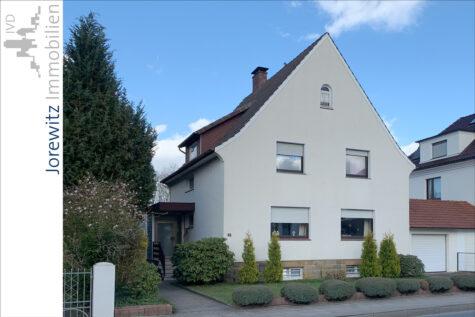 Bi-West zwischen Uni und City: Einfamilienhaus mit tollem Gartengrundstück, 33613 Bielefeld, Einfamilienhaus