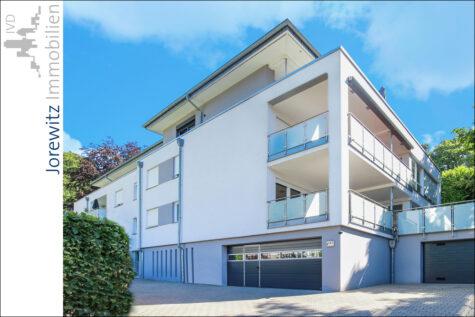 Nähe Botanischer Garten: Traumhafte 3 Zimmer-Terrassenwohnung mit Einbauküche in Bestlage, 33617 Bielefeld, Terrassenwohnung