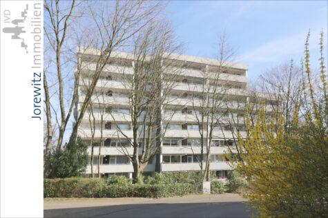 Bi-Hillegossen: Lichtdurchflutete 2 Zimmer-Wohnung mit großem Balkon und Fernblick, 33699 Bielefeld, Etagenwohnung