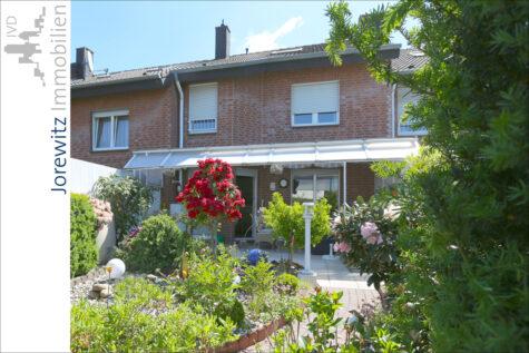 Bielefeld Sieker-Schweiz: Familienfreundliches Reihenmittelhaus mit Vollkeller und Garage, 33605 Bielefeld, Reihenmittelhaus