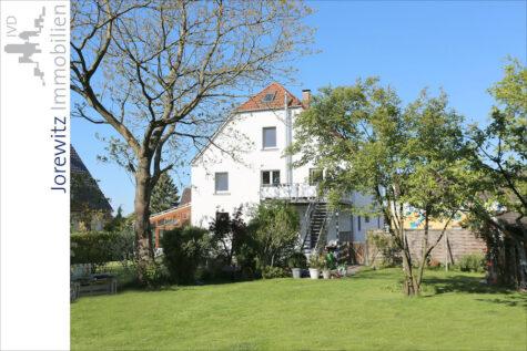 Familientipp in Bi-Jöllenbeck: Große Maisonette-Wohnung mit tollem Garten, 33739 Bielefeld, Etagenwohnung