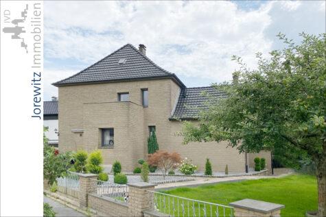 Tolles Einfamilienhaus zwischen Bielefeld-Jöllenbeck und Theesen (Sackgasse) mit Traumgrundstück, 33739 Bielefeld, Einfamilienhaus