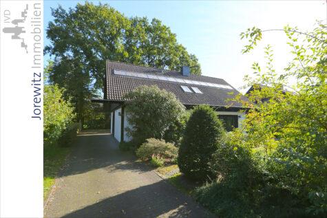 Großzügiges Einfamilienhaus mit schönem Garten in ansprechender Lage von Bi-Ummeln (Sackgasse), 33649 Bielefeld, Einfamilienhaus