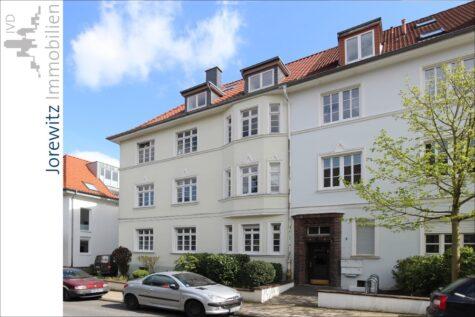 Wohntraum in Bi-West: 3,5 Zimmer-Wohnung mit toller Dachterrasse, 33615 Bielefeld, Dachgeschosswohnung