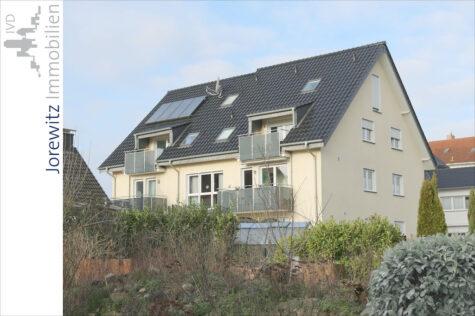 Zwischen Bi-City und Schildesche: Neuwertige 4 Zimmer-Wohnung mit Balkon und Einbauküche, 33609 Bielefeld, Etagenwohnung