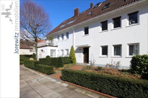 Bielefeld-Mitte – Nähe Prießallee: Helle 2 Zimmer-Wohnung, 33604 Bielefeld, Dachgeschosswohnung