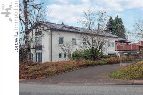Bielefeld Sieker-Schweiz: Sanierte und familienfreundliche 4 Zimmer-Wohnung mit großer Dachterrasse, 33604 Bielefeld, Etagenwohnung
