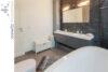 Bielefeld Sieker-Schweiz: Sanierte und familienfreundliche 4 Zimmer-Wohnung mit großer Dachterrasse - 017 - Bad - Ansicht 2