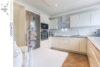 Bielefeld Sieker-Schweiz: Sanierte und familienfreundliche 4 Zimmer-Wohnung mit großer Dachterrasse - 011 - Küche - Ansicht 2