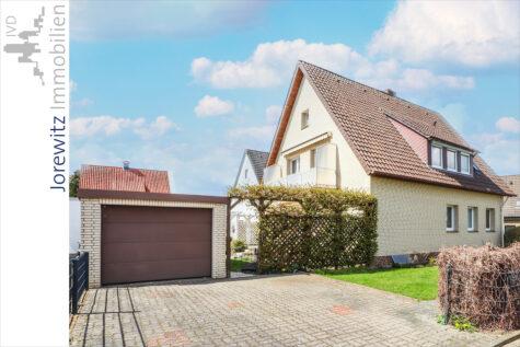 Familienfreundliches Zweifamilienhaus in ruhiger Lage von Bi-Heepen (Sackgasse), 33719 Bielefeld, Zweifamilienhaus