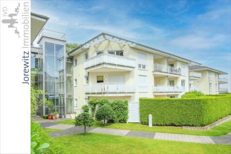 Sieker-Schweiz: Gemütliche und sehr gepflegte 2 Zimmer-Wohnung mit Einbauküche, 33605 Bielefeld, Dachgeschosswohnung
