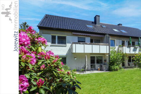 Bi-Musikerviertel: Knuffige und sonnige 2 Zimmer-Wohnung mit Garage in Top-Lage, 33604 Bielefeld, Dachgeschosswohnung