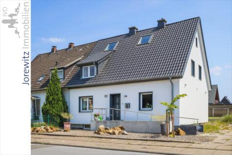 Bi-Brackwede: Komplett sanierte Doppelhaushälfte mit schönem Gartengrundstück, 33647 Bielefeld, Doppelhaushälfte