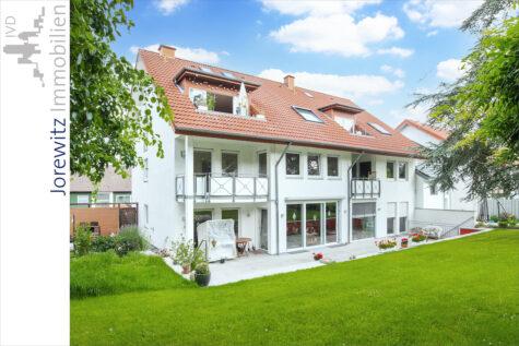Bielefeld-Stieghorst: Gemütliche Dachgeschoss-Wohnung mit Loggia und Blick ins Grüne, 33605 Bielefeld, Dachgeschosswohnung