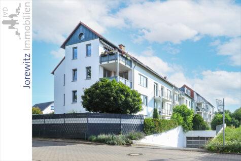 Bielefeld-Jöllenbeck: Attraktive 2 Zimmer-Wohnung mit schöner Terrasse und Garten, 33739 Bielefeld, Erdgeschosswohnung