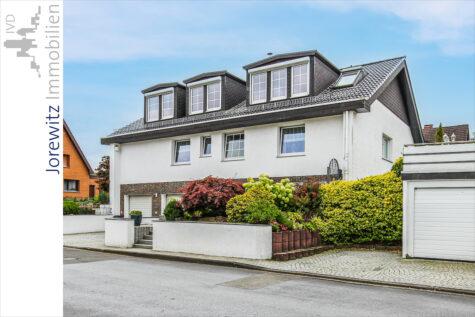 Schöne 3,5 Zimmer-Wohnung mit Kamin und Loggia in Bielefeld-Lämershagen, 33699 Bielefeld, Dachgeschosswohnung